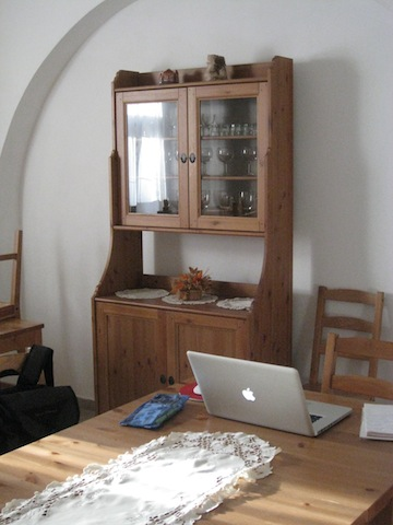 Lovely little communal area provided by our pension in Loket. Perfect place to set up shop and get a bit of work done!